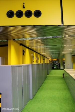 norman-foster-utopian-black-glass-willis-building-ipswich-suffolk-yellow-and-green-interior-office-70s-1970s-14