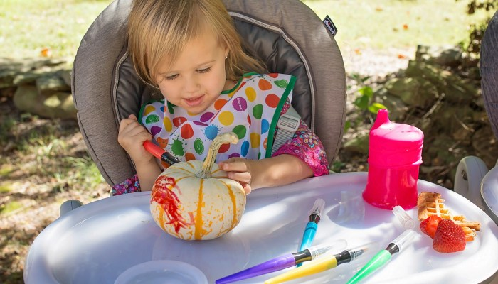 Pumpkin Play Date (+ Chicco Polly Progres5 Multichair Giveaway)