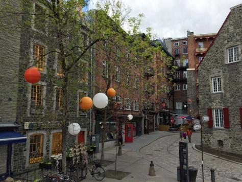 corner of Rue du Marche-Champlain and Rue du Cul de Sac