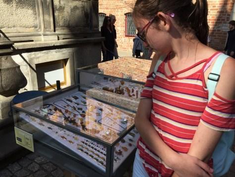one of the many jewelry displays on Mariacka Street, Gdańsk, Poland