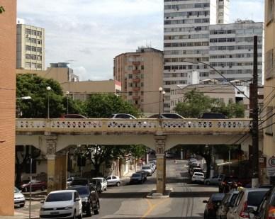 Viaduto Caramuru Centro histórico de Vitória em um dia