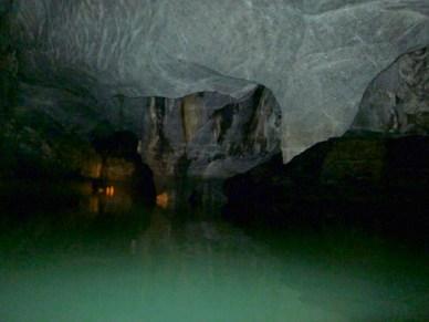 Barco rio Subterraneo