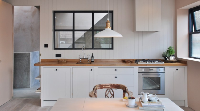 New-Cross-Lofts.-British-Standard-kitchen-loft-1-landscape-wide.-The-Spaces-Rosella-Degori-1050x582