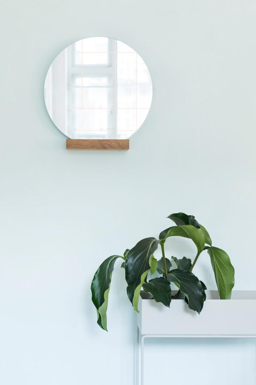 Mirror Lines by Studio LileSadi