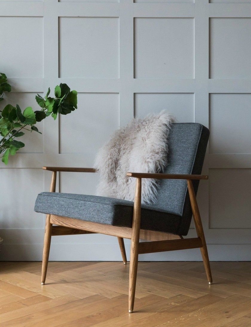 H. Lis Fox Easy Chair Wool - four colours available - Rose & Grey