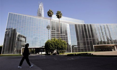Crystal-Cathedral-Set-to-Become-Catholic