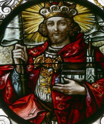 detail of a stained glass window of Saint Leopold III of Austria; by Tiroler Glasmalereianstalt, 1908; Saint Jodok Catholic Church, Bezau, Vorarlberg, Austria; photographed on 27 May 2012 by Wolfgang Sauber; swiped from Wikimedia Commons