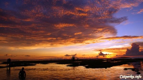 Pemandangan Sunset Terbaik Di Bali No 2, Pantai Suluban