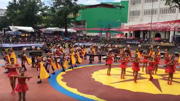Full coverage of the civic parade and float competition in Naga City