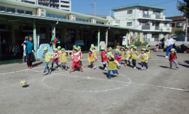 北野保育園でサッカー教室開催(2019年11月1日)