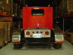 three quarter scale 18 wheeler