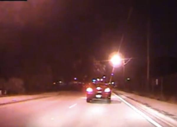 Texting Driver Caught On Dash Cam