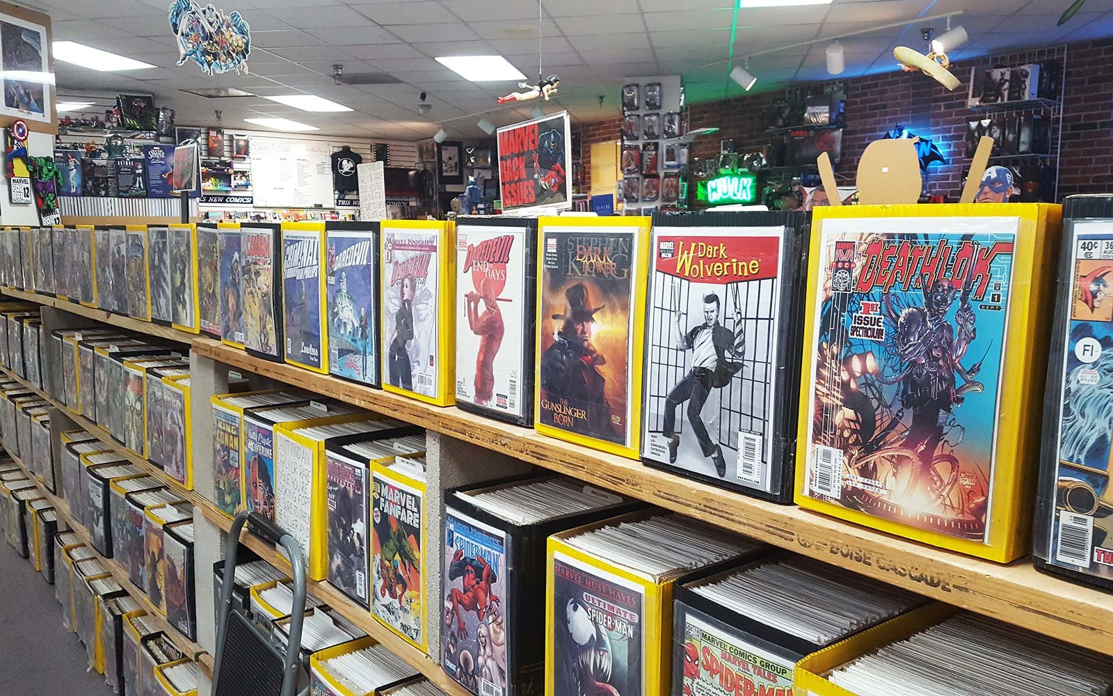 Fullsize Of Comic Book Shelves