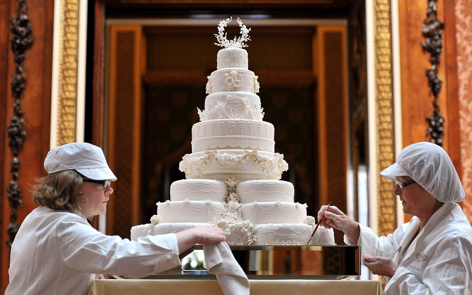 Here's What Kind of Cake Prince Harry and Meghan Markle ...