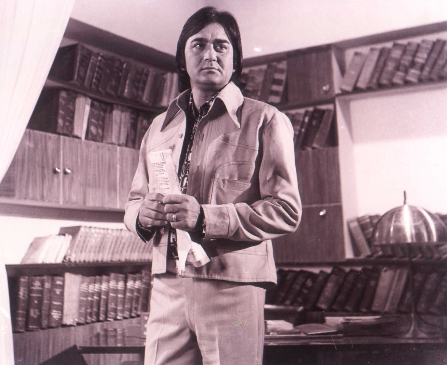 Remembering Sunil Dutt on his 13th death anniversary  Sunil Dutt  6 June 1930   25 May 2005   born Balraj Dutt  was a movie actor   producer  director and politician  He was the Minister of Youth Affairs and
