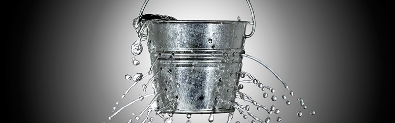 leaking-bucket