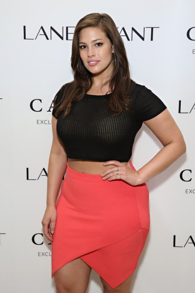 MUST SEE: Ashley Graham's Sports Illustrated Swimsuit 2016 Casting Call | SI.com