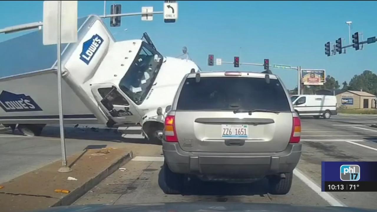 Seemly 2250459 072517 Wpvi Truck Crash Web Lowes Store Johnson City Tn Lowes Near Johnson City Tn houzz-03 Lowes Johnson City Tn