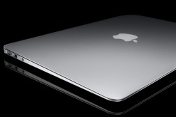 MacBook Air Wi-Fi Bug Screen Flickering