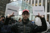 iPad 2 Launch – Fifth Avenue Apple Store - Image 32 of 40