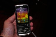 BlackBerry Torch 9810 Gallery - Image 1 of 10