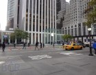 Live from 5th Ave Apple Store unveiling - Image 1 of 47