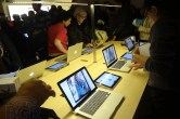 Live from Apple's Grand Central Apple Store opening - Image 15 of 24