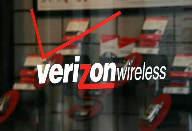 Verizon Waives Fees