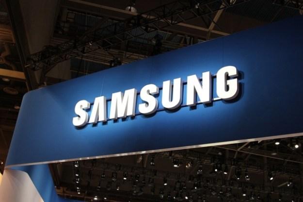 Samsung Galaxy Folder Photos