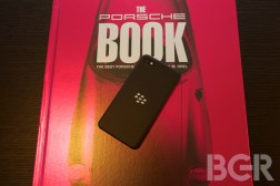 Verizon backs up BlackBerry, says Z10 sales are 'in line with other smartphone launches'