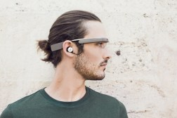 Smart Glasses Shipments 10 Million