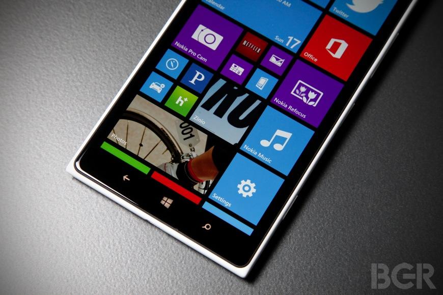 Microsoft Vs Apple Mobile