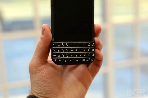BlackBerry Lawsuit Typo Keyboard