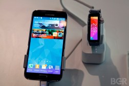 Galaxy S5 Hands-on Video