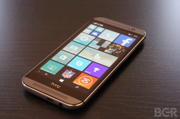 Android Vs. Windows Phone HTC One M8
