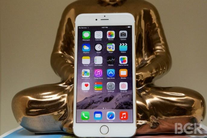 iPhone 6 vs iPhone 6 Plus Teardowns
