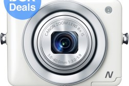 Digital camera with zoom
