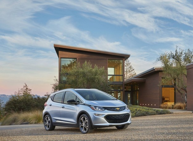 chevy bolt lease all the details on the cheapest electric car bgr. Black Bedroom Furniture Sets. Home Design Ideas