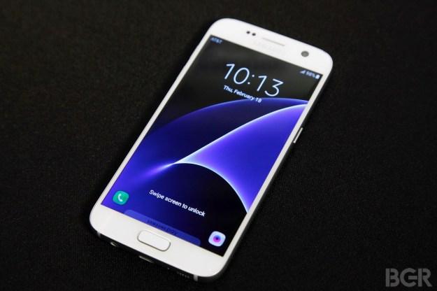 Galaxy S7 Galaxy S6 iPhone 6s