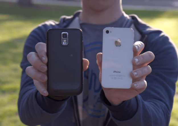 iPhone 4S Vs Galaxy S II Video
