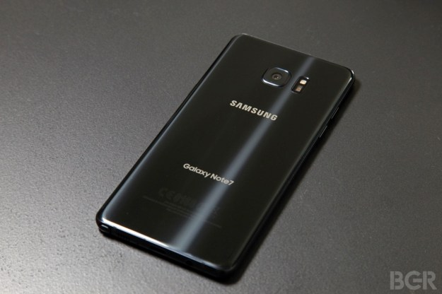 Chinese state TV accuses Samsung of 'discrimination' in Galaxy Note 7 recall