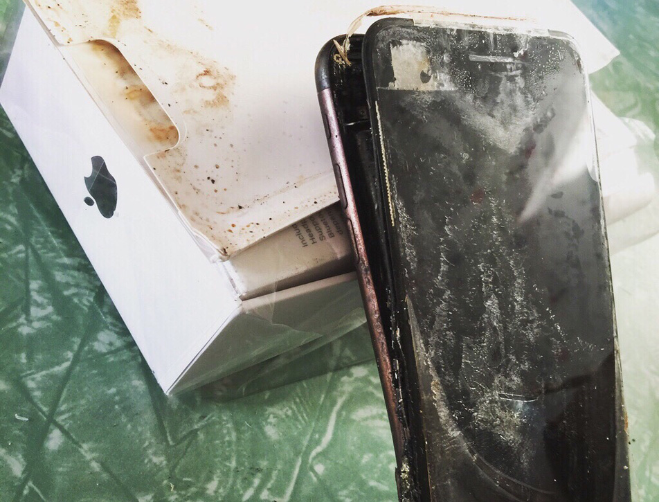 iPhone 7 Exploding
