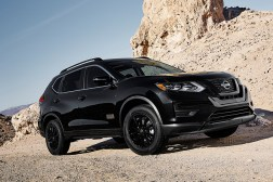 2017-nissan-rogue-one-star-wars-edition-black