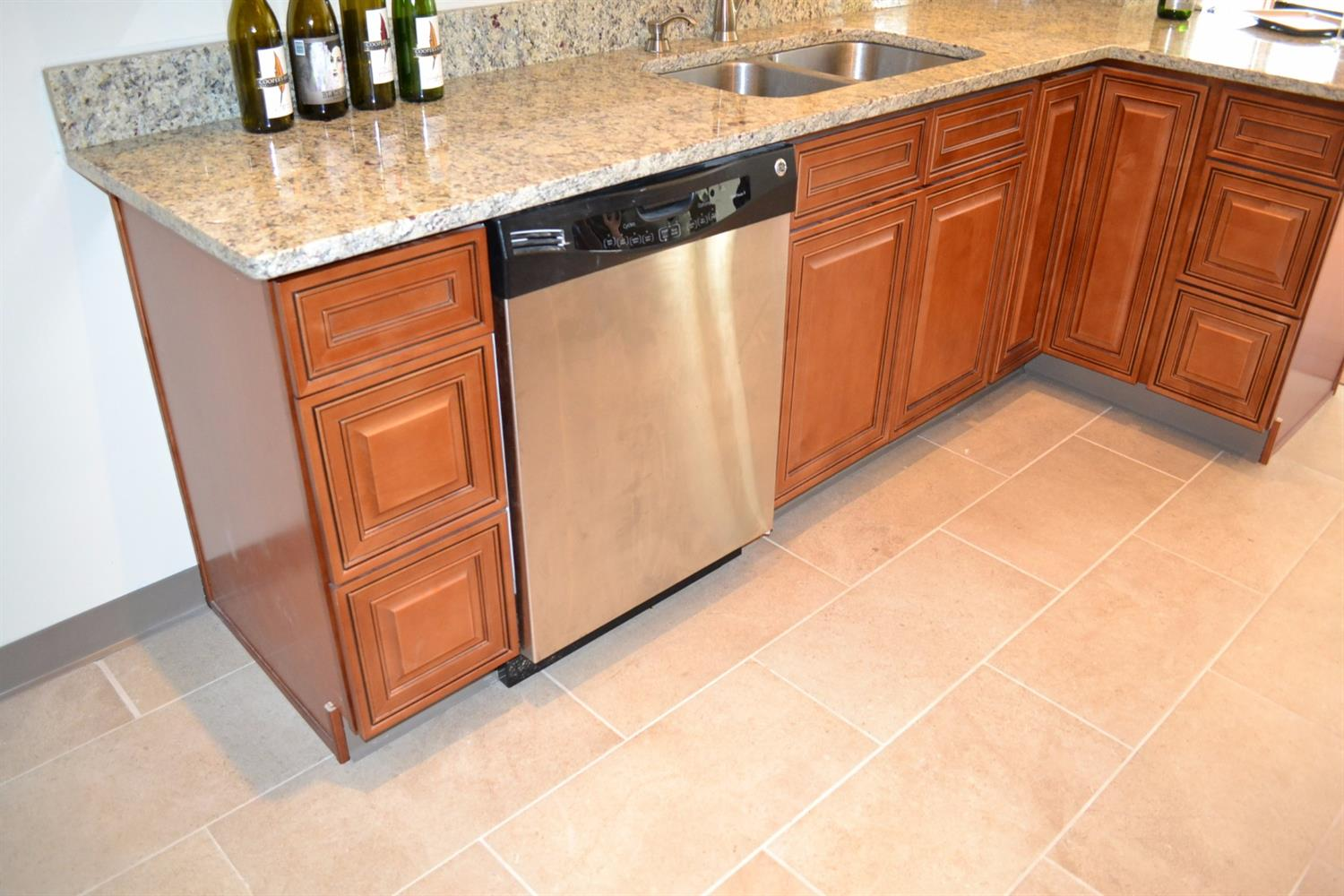 used kitchen cabinets cincinnati ohio kitchen cabinets cincinnati Used Kitchen Cabinets Cincinnati Lillian Laminate