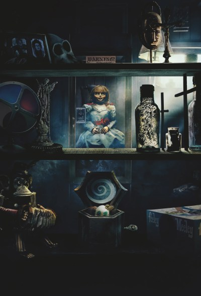Annabelle Comes Home: Mckenna Grace on Scary Sets and Creepy Dolls | Collider