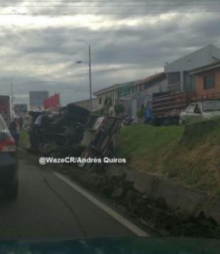 (Imagen tomada de Twitter: Wazers Costa Rica).