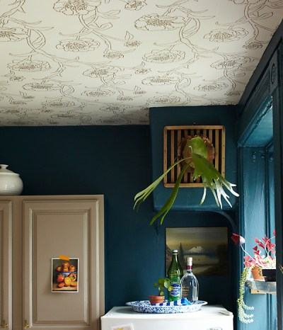 Design Trend: Wallpaper Featured On The Ceiling