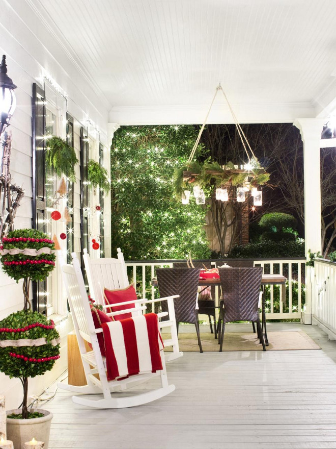 50 Front Porch Christmas Decor Ideas To Make This Year  Christmas front porch decor traditional christmas front porch decor ideas  christmas front porch decorating ideas christmas