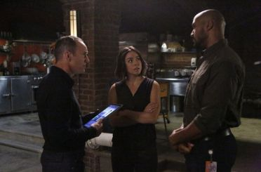 Marvel's Agents of S.H.I.E.L.D. - A Wanted (Inhu)man