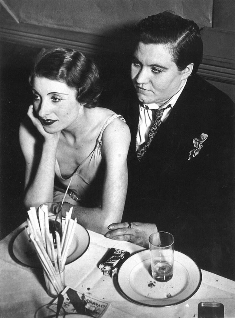 Лесбийская пара в ночном клубе Le Monocle, Париж, 1932 год история, факты, фото